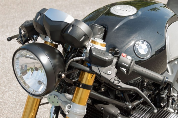 LSL Headlight bracket RnineT