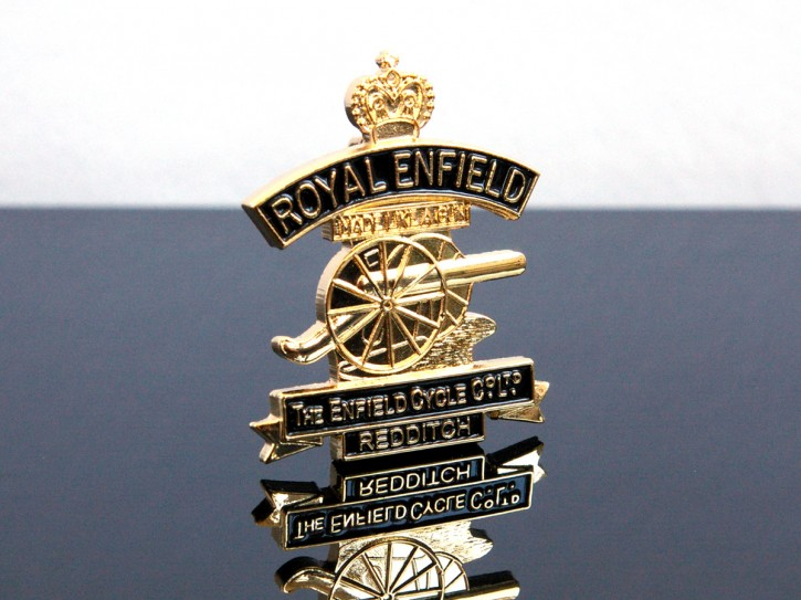"Pin on lapel badge ""ENFIELD BULLET"""