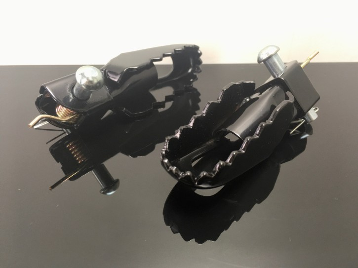 Enduro CLAW FOOT RESTS, suitable for SR500 and many other Scrambler conversions