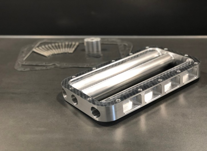 OIL PAN ADAPTER RACING with additional cooling for all BMW R-models