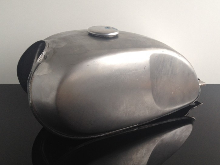 Cafe-Racer universal TANK, steel