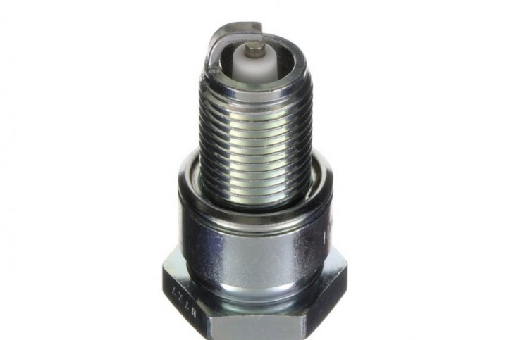 STOCK SALE: NGK Spark plug BP-6 ES