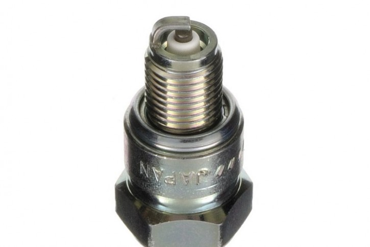 NGK Spark plug CR-8 HS
