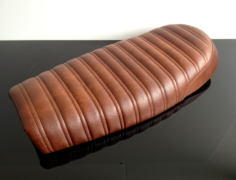 Cafe-Racer Sitzbank Sattel Seat Bench Selle Banco Banc Scrambler braun Universal