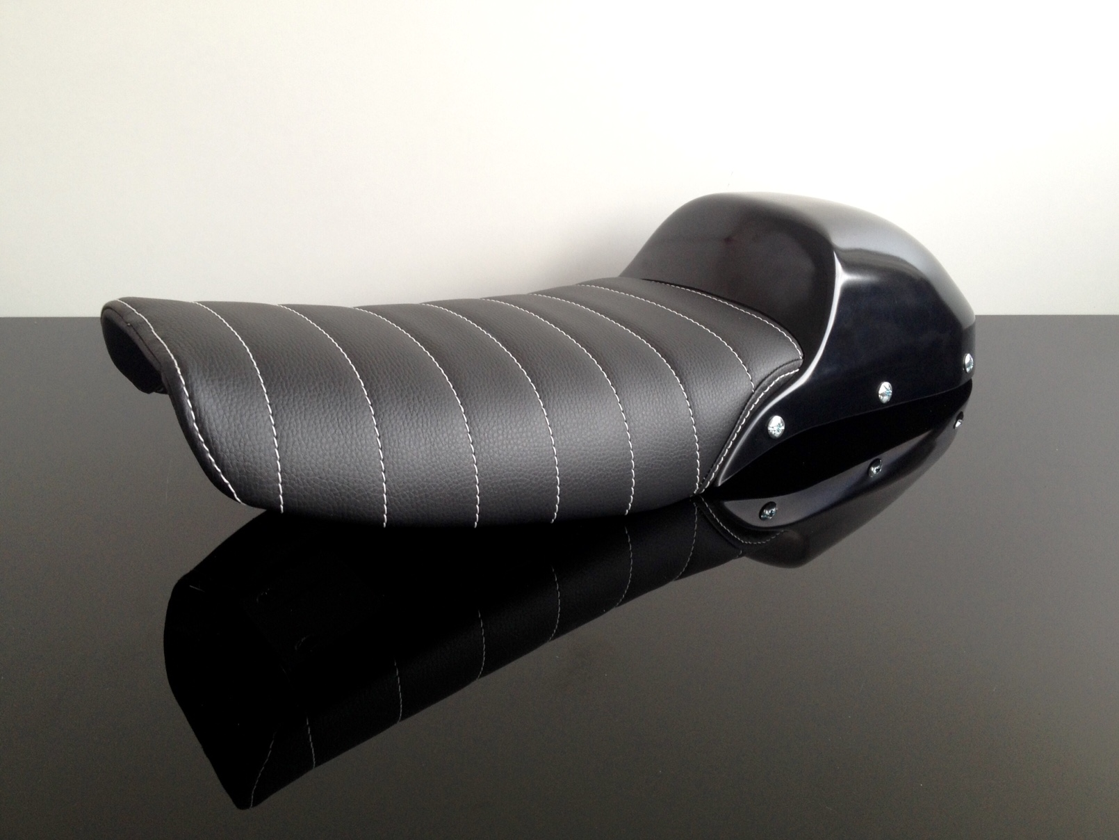 Cafe Racer Seat Removable Cowl