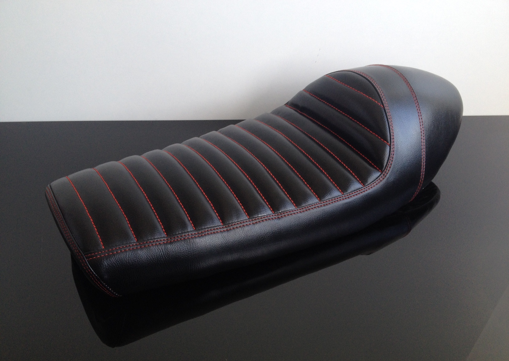 Universal Cafe Racer Seat