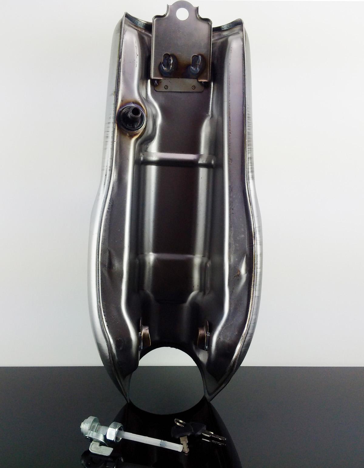 cafe racer universal tank unlackiert ebay. Black Bedroom Furniture Sets. Home Design Ideas