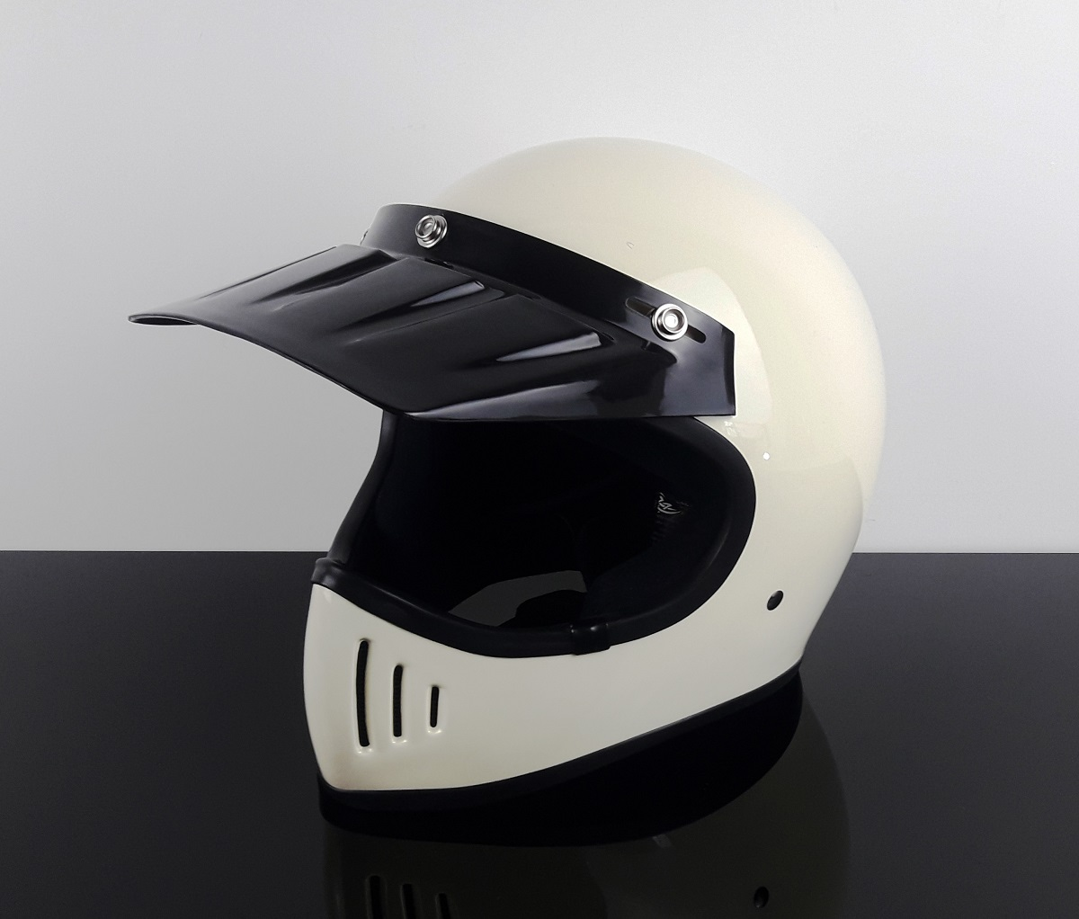 retro style enduro cross helmet ivory white dot. Black Bedroom Furniture Sets. Home Design Ideas