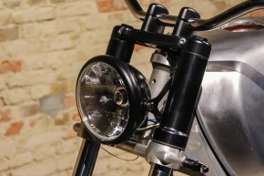 "HEAD LIGHT with BRACKETS by BHCKRT, f. ""Shrewd Shroud"", black"