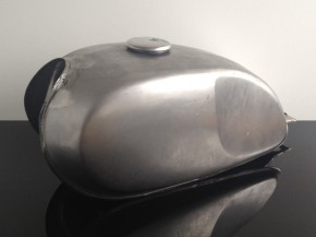 cafe racer universal tank