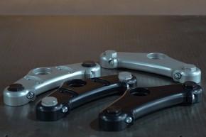 """Individuelle GABELBRÜCKE """"Smooth Operator"""" für BMW 2-Ventiler von BHCKRT aus Aluminium, CNC-gefräst"""