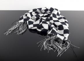 """Cafe-Racer-SCHAL, schwarz-weiß-kariert, """"Chequered Flag"""" aus 100% Seide"""