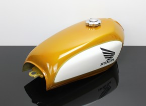 Painted Cafe-Racer Fueltank, Honda-Style, universal, ca. 2,4gal